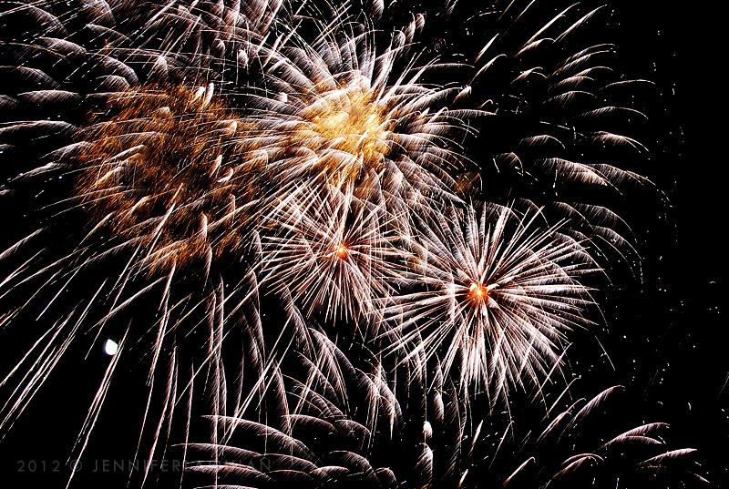 1221_fireworks2